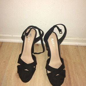 Shoes - NEW Black Strappy High Heels